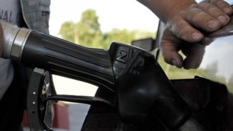 Бензин Аи-92/93 подешевел до 109 тенге за литр в Казахстане