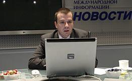Виктор Наумов