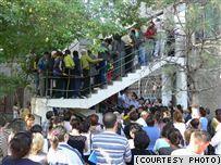 В Таразе начали распределять 589 ясельных мест на восемь тысяч желающих