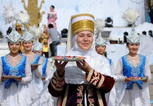 Наурыз подарил тепло и надежду. Алматинцы отметили праздник с весенним воодушевлением