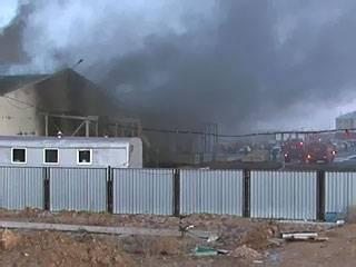 В Астане произошел пожар в складском помещении площадью 8000 квадратных метров (фото)