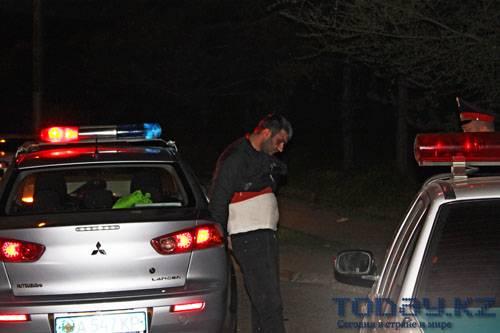 Водитель «Мерседеса» оторвал погон дорожному полицейскому (фото)