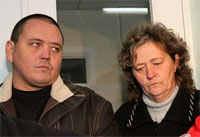 В Алматы родители похищенного новорожденного обращаются к похитителям