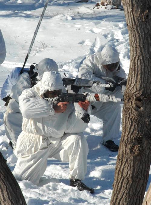 Продолжаются занятия по боевой подготовке в Сухопутных войсках ВС РК