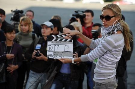 «Два пистолета. Неуловимый бриллиант»: кадры со съёмочной площадки