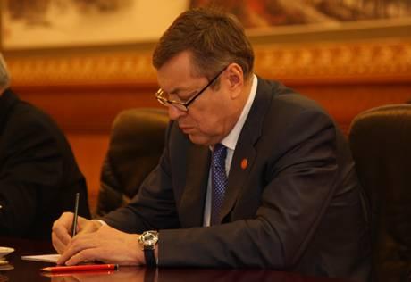 В ходе госвизита Назарбаева в КНР подписаны 8 соглашений Казахстана с Китаем