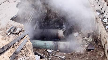 В Алматы причиной аварии на трубопроводе могла стать арычная вода