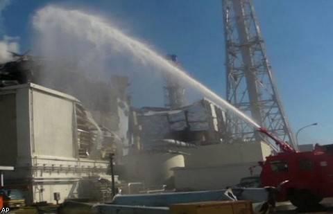 На японской АЭС «Фукусима-1» вспыхнул пожар
