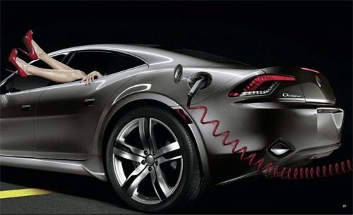 Для новых экологичных авто придумали эротическую рекламу. ФОТО
