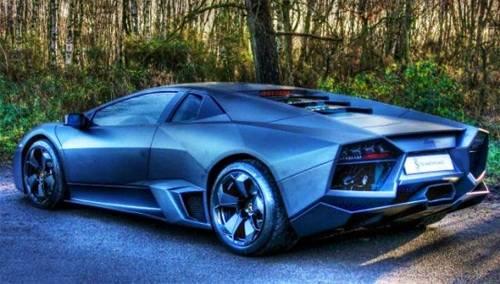 Один из 20 «истребителей» Lamborghini Reventon выставлен на продажу