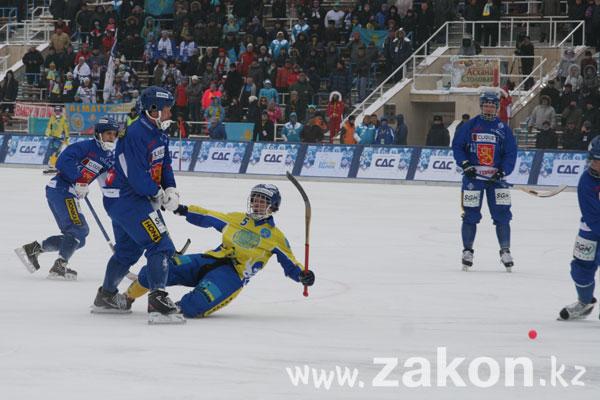 Чемпионат мира по бенди: Казахстан забрал у Финляндии бронзу (фото)