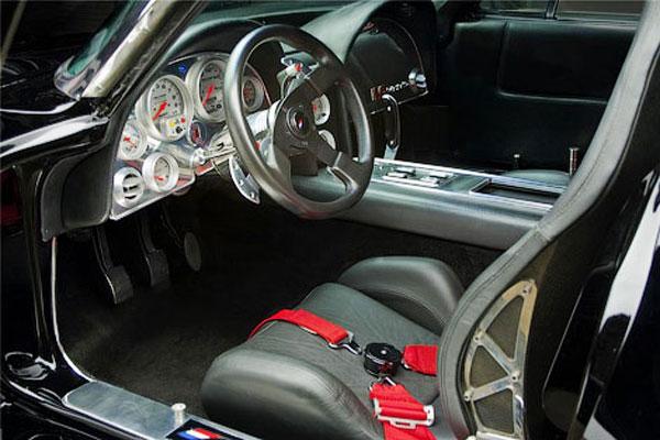 Кастомный 1000-сильный Chevrolet Corvette выставят на аукцион (фото)