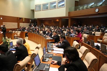 Депутаты Мажилиса обсудят вопросы противодействия отмыванию денег и финансированию терроризма