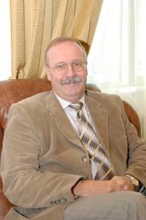 Казахстанские юристы, объединяйтесь! (Виктор Малиновский, член Конституционного Совета, доктор юридических наук)