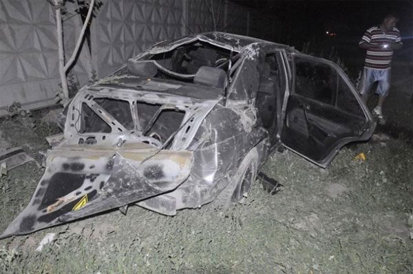 Минувшей ночью в Алматы перевернулся Mercedes-Benz 190E, пострадало 6 человек (фото)