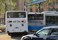 В Астане водителей двух автобусов, устроивших гонки на улицах города, отстранили от работы
