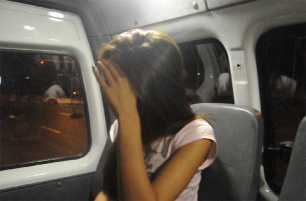 Любовная парочка угнала внедорожник со стоянки торгового центра в Алматы (фото)