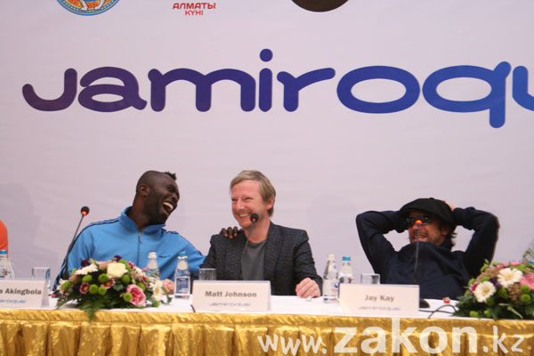 В Алматы прошла пресс-конференция с Jamiroquai (фото)