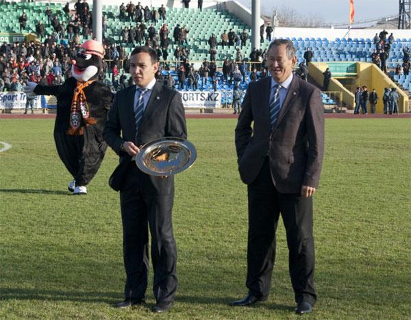 Карагандинский «Шахтер» - чемпион Казахстана по футболу 2012 года (фото)