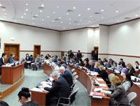 В Мажилисе проходит активное обсуждение законодательных поправок по вопросам налогообложения