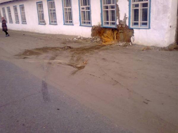 В Аральске арестован водитель, на авто врезавшийся в стену детсада