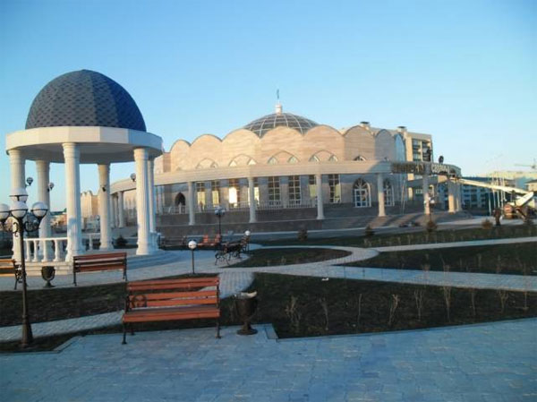Крупнейший в Казахстане Дворец бракосочетаний построили в Уральске ко Дню независимости (фото)