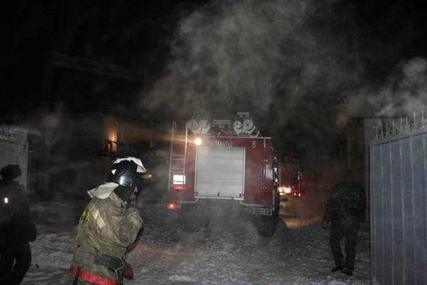 Несколько районов Алматы остались без света из-за пожара на подстанции (фото)