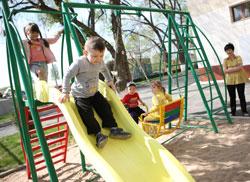 В Алматинской области своей очереди в дошкольные учреждения ждут 25 тысяч малышей