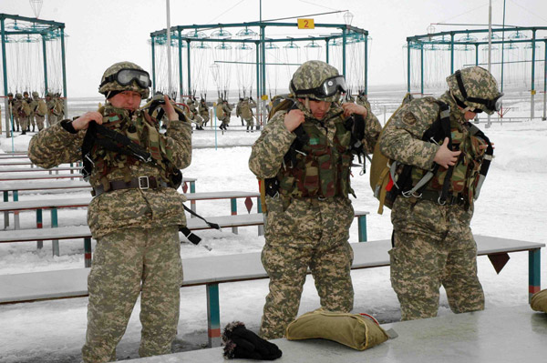 В Илийском учебном центре десантники подвели итоги боевой подготовки (фото)