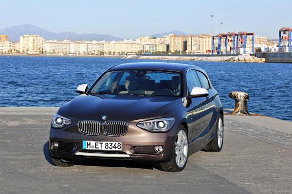 «Горячее» купе BMW 2-Series появится в ноябре