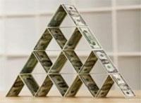 Судьба финансовых пирамид в руках Генпрокуратуры и Нацбанка РК