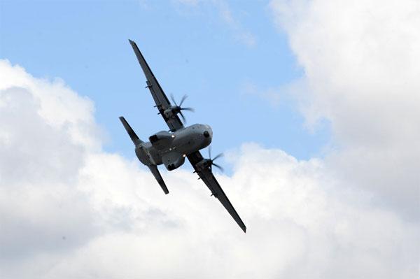 Самолеты С-295 приступили к боевой учебе