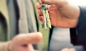 В Кокшетау мошенница продавала одну и ту же квартиру десяткам покупателей