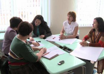 Актюбинские учителя получили 100% надбавку к зарплате