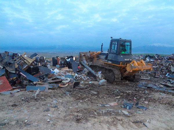 В Алматы уничтожено более 400 игровых автоматов и около 300 бутылок поддельного алкоголя (фото)
