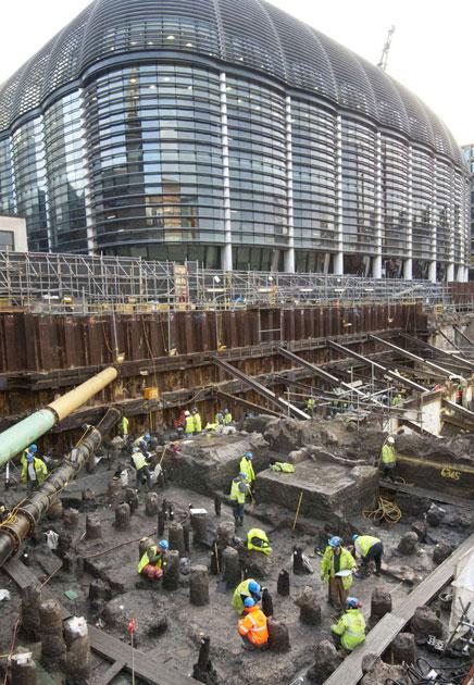 В центре Лондона обнаружили древнеримские руины