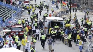 Взрывы на финише Бостонского марафона: трое погибших
