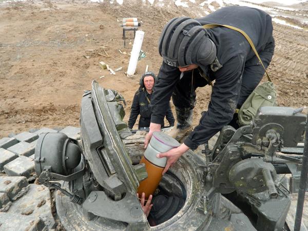 На Аягузском полигоне Регионального командования «Восток» прошли стрельбы подразделений танковой бригады