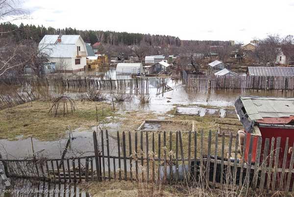 Наводнение в Дубне: Волга прибывает со скоростью 4 см. в час (фото)