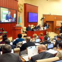 """Мажилис одобрил законопроект о ратификации Соглашения о займе МБРР на реконструкцию и строительство автодороги """"Алматы-Хоргос"""""""