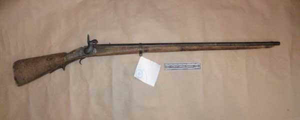 В Риддере полицейские изъяли оружие 1862 года выпуска (фото)