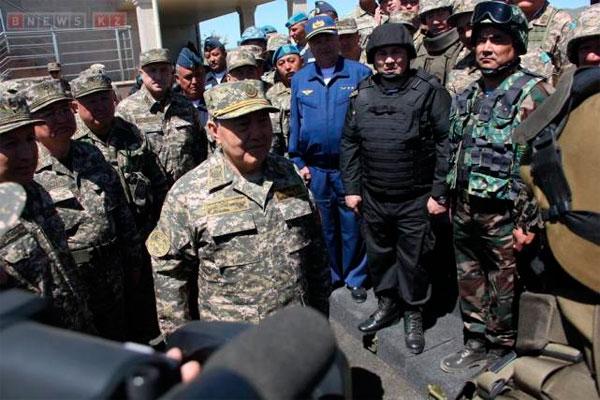 Глава Государства дал высокую оценку уровню подготовки ВС Р