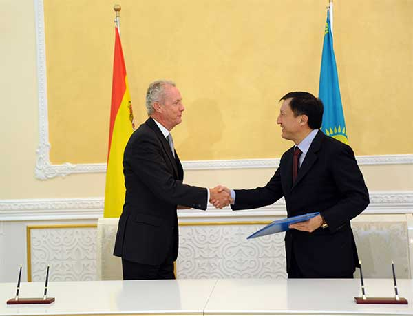 Казахстан и Испания активизируют сотрудничество в военно-технической сфере