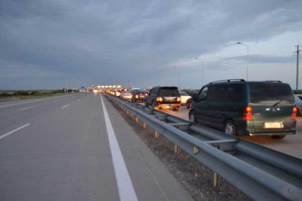 Новости - Первые пробки на платном автобане (фото)