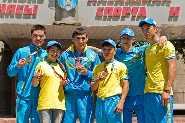В Алматы вернулись первые спортсмены-призеры 27-й Всемирной летней универсиады (фото)