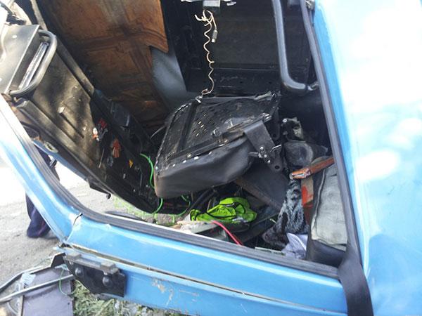 В пригороде Алматы водитель с семьей перевернулся на КамАЗе (фото)