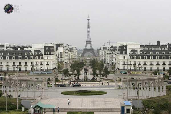 Поддельный Париж в Китае