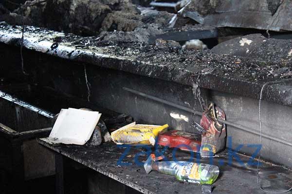Эксклюзивные фото из сгоревшего клуба «Папин гараж»