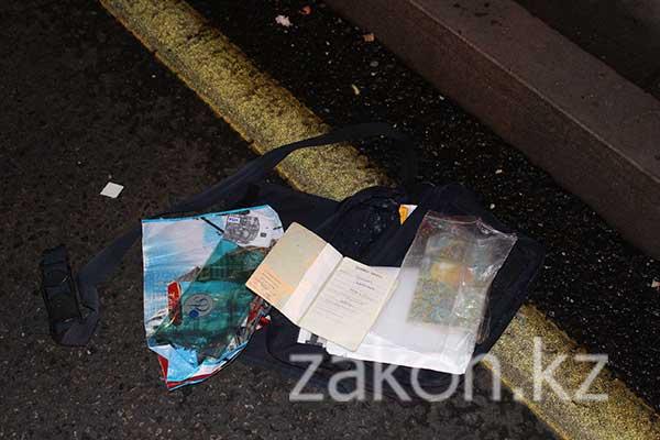 Мертвого изувеченного мужчину нашли сегодня утром в арыке в Алматы (фото)