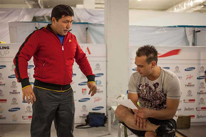 Илья Ильин возглавил собственную команду по тяжелой атлетике (фото)